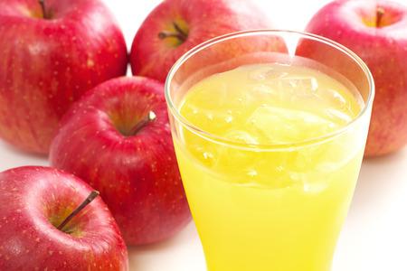 차가운 사과 주스 스톡 콘텐츠