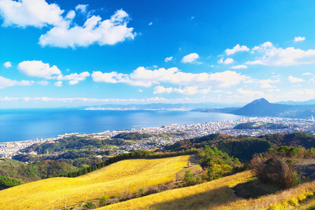 Pohled na město Beppu, Oita, Japonsko
