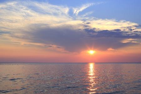 sithonia: Scenico tramonto sul Mar Egeo. Penisola di Sithonia. Grecia. Archivio Fotografico