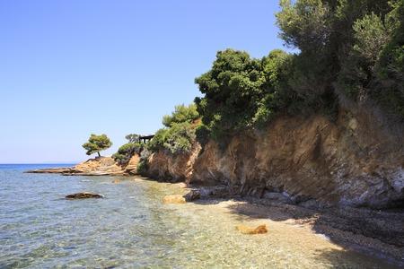 sithonia: Bellissima costa di pietra. Penisola di Sithonia in Grecia.