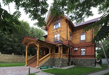 belokurikha: Belokurikha, Russia - August 02, 2013: Wooden cottage in the resort Belokuriha.