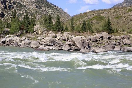 katun: Beautiful Ilgumensky threshold on the Katun River.