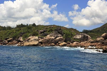 argent: Huge granite boulders on Praslin Island in the Indian Ocean. Stock Photo