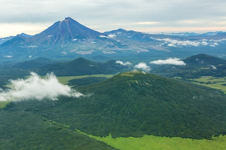 Khodutka Volcano. South Kamchatka Nature Park. View from the helicopter. Imagens