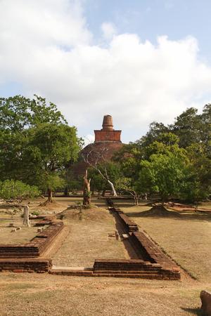 anuradhapura: The Anuradhapura ruins, buddhist worship, Sri Lanka