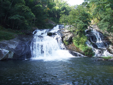 nam: Khlong nam lai waterfall