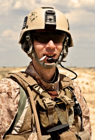 american soldier: smoking