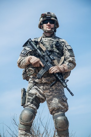 infantry: United States paratrooper airborne infantry in uniform