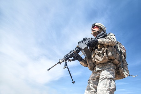 airborne: United States paratrooper airborne infantry in uniform