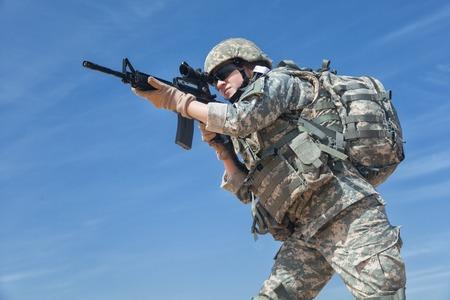 infantryman: United States female paratrooper airborne infantrymen in uniform Stock Photo