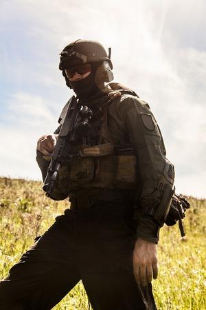Jagdkommando soldaat Oostenrijkse special forces uitgerust met Steyr Stockfoto
