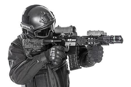 スペックオプス警察 SWAT、黒の制服と顔マスク スタジオ撮影 写真素材 - 46188761