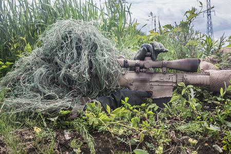 SELLOS: Navy Seal Francotirador con el rifle en la acción Foto de archivo