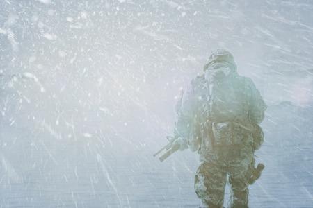 EE.UU. paracaidista infantería aerotransportado durante la tormenta del desierto Foto de archivo