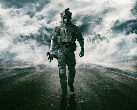 Army soldier moving towards camera on cloudscape background Фото со стока - 89278606