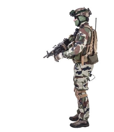 Fallschirmjäger der Französisch 1. Marine Infantry Parachute Regiment RPIMA Studio shot Standard-Bild - 89279932