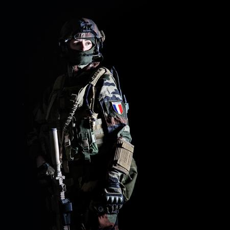 Paratrooper 프랑스어 1 해양 보병 낙하산 연대 RPIMA 스튜디오 촬영