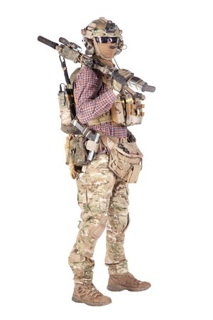 Giocatore di softball con riprese in studio di roba militare