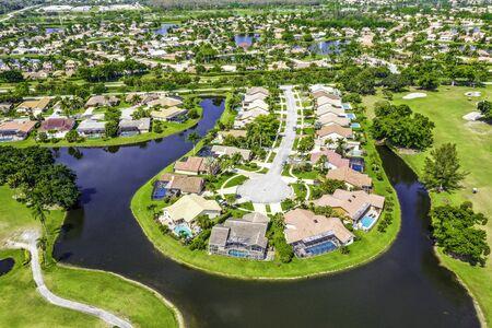 Boca Raton Florida, gated community Stock Photo - 133013209