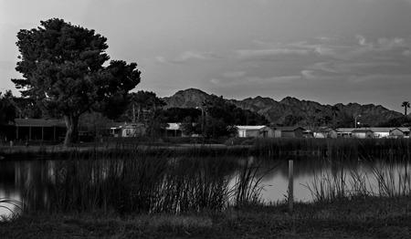 een kleine stad golfbaan. thuisbasis van een lokale favoriete visplek.