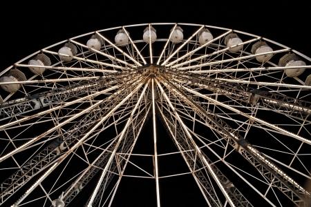 Illuminated Big Fairgound Wheel Фото со стока - 21128756