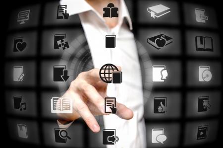 web service: Libro de los servicios que se ofrecen en la punta del dedo Foto de archivo