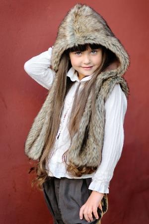 portrait of little girl outdoors in autumn Archivio Fotografico