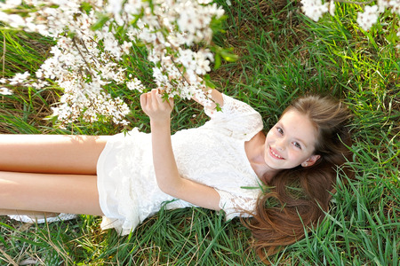 portrait of a beautiful little girl in spring Reklamní fotografie