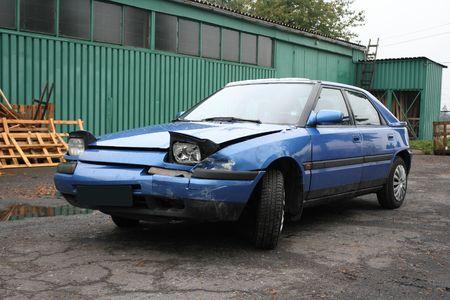 damaged car Stock Photo - 5790563