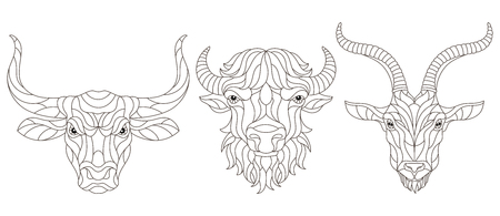 Set of contour stained glass elements with heads of horned animals,bison,bull and goat, dark contours on white background Vecteurs