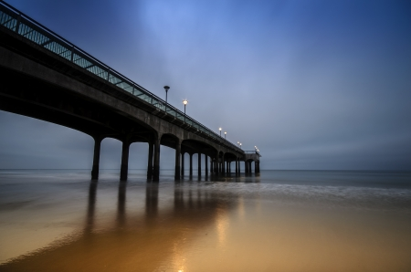 Boscombe Pier at Dawn Stock Photo - 16296309