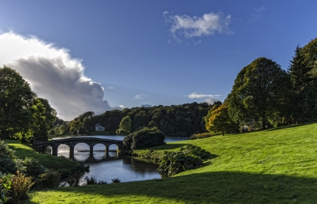 stourhead: Autumn at Stourhead Gardens in Wiltshire Stock Photo