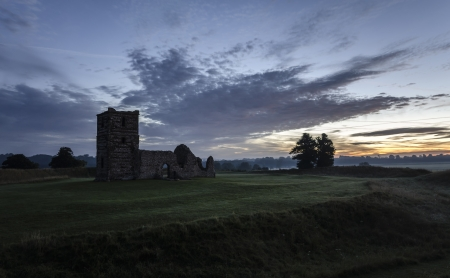 Ruined Church at Sunrise Stock Photo - 16505704