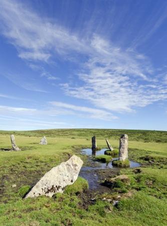 steencirkel: De Nine Stones van Altarnun een oude en geïsoleerde stenen cirkel op Bodmin Moor in Cornwall Stockfoto