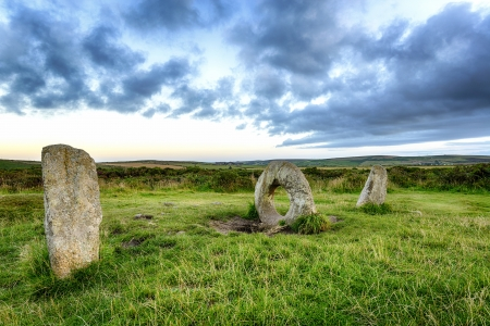 megalith: The Men-an-Tol standing stones Near Penzance in Cornwal  Stock Photo
