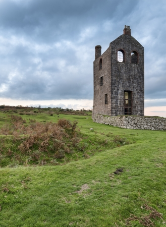 bodmin: An old ruined engine house for a tin mine at Minions on Bodmin moor in Cornwall