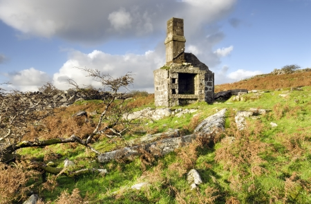 bodmin: A ruined building at Carbilly Quarry on Bodmin Moor in Cornwall