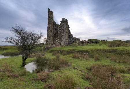 bodmin: The ruins of an old tin mining engline house on at Minions on Bodmin Moorin Cornwall Stock Photo