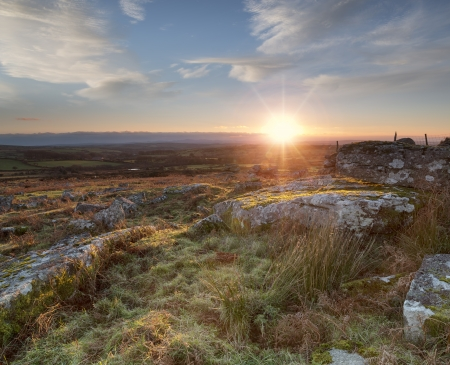 bodmin: Sunset over Carbilly Tor on Bodmin Moor in Cornwall