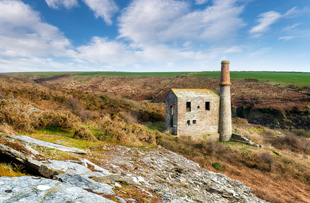 listed buildings: An old abandoned engine house at the Prince of Wales slate quarry neat Tintagel in north Cornwall Stock Photo