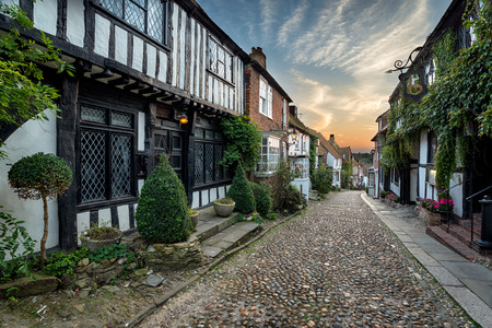 tudor: Beautiful tudor style half timbered houses lining a cobbled street in Rye, Sussex Stock Photo