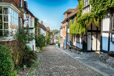 half  timbered: Beautiful old half timbered Tudor style houses on a cobbled street in Rye, East Sussex Stock Photo