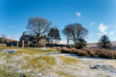 warren: An old abandoned farmhouse used as a film location at Ditsworthy Warren on Dartmoor National Park in Devon Stock Photo