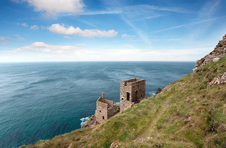 south west coast path: Ruins of copper mines on the South West Coast Path at Botallack in the far west of Cornwall