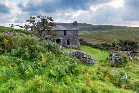 willy: An abandoned Medieval farmhouseat the foot of Brown Willy on Bodmin Moor in Cornwall Stock Photo