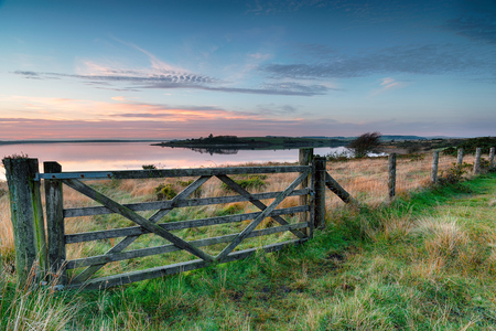 bodmin: Sunset at Colliford Lake near Bolventor on Bodmin Moor in Cornwall Stock Photo