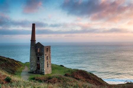 prosper: Wheal Prosper engine house, an iconic Cornish landmark on cliffs at Rinsey head