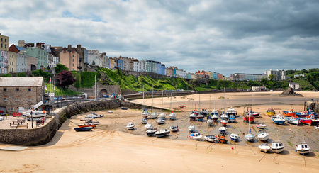 tenby wales: The pretty harbour at Tenby on the coast of Wales Stock Photo