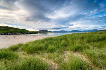 Moody skies over the beach at Horgabost on the Isle of Harris in Scotland Stock fotó