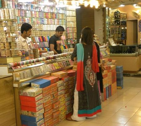 pakistani females: PakistanKarachi_Young Pakistani Females Watching Beauitfull an Fancy fashion Bangles At Bangles Store Today on Thursday 19 2012 in Karachi